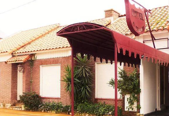El Descanso Hotel