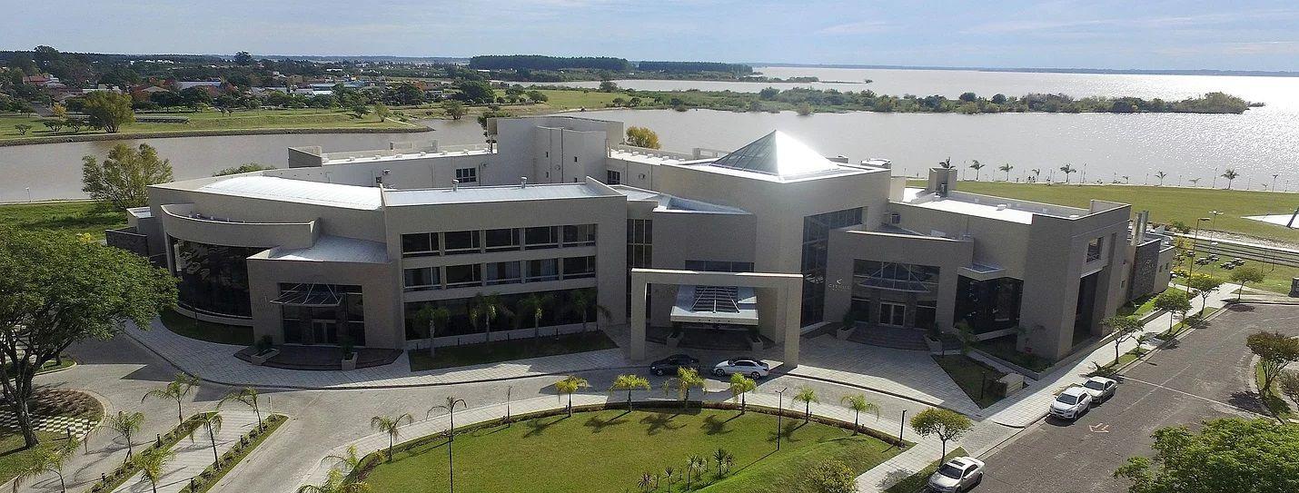 Arena Resort Hotel